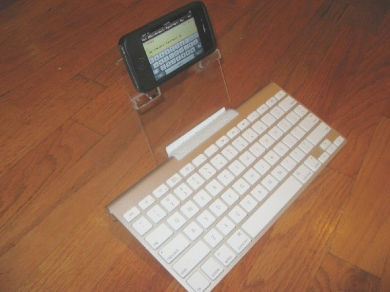 iPhone Keyboard Stand