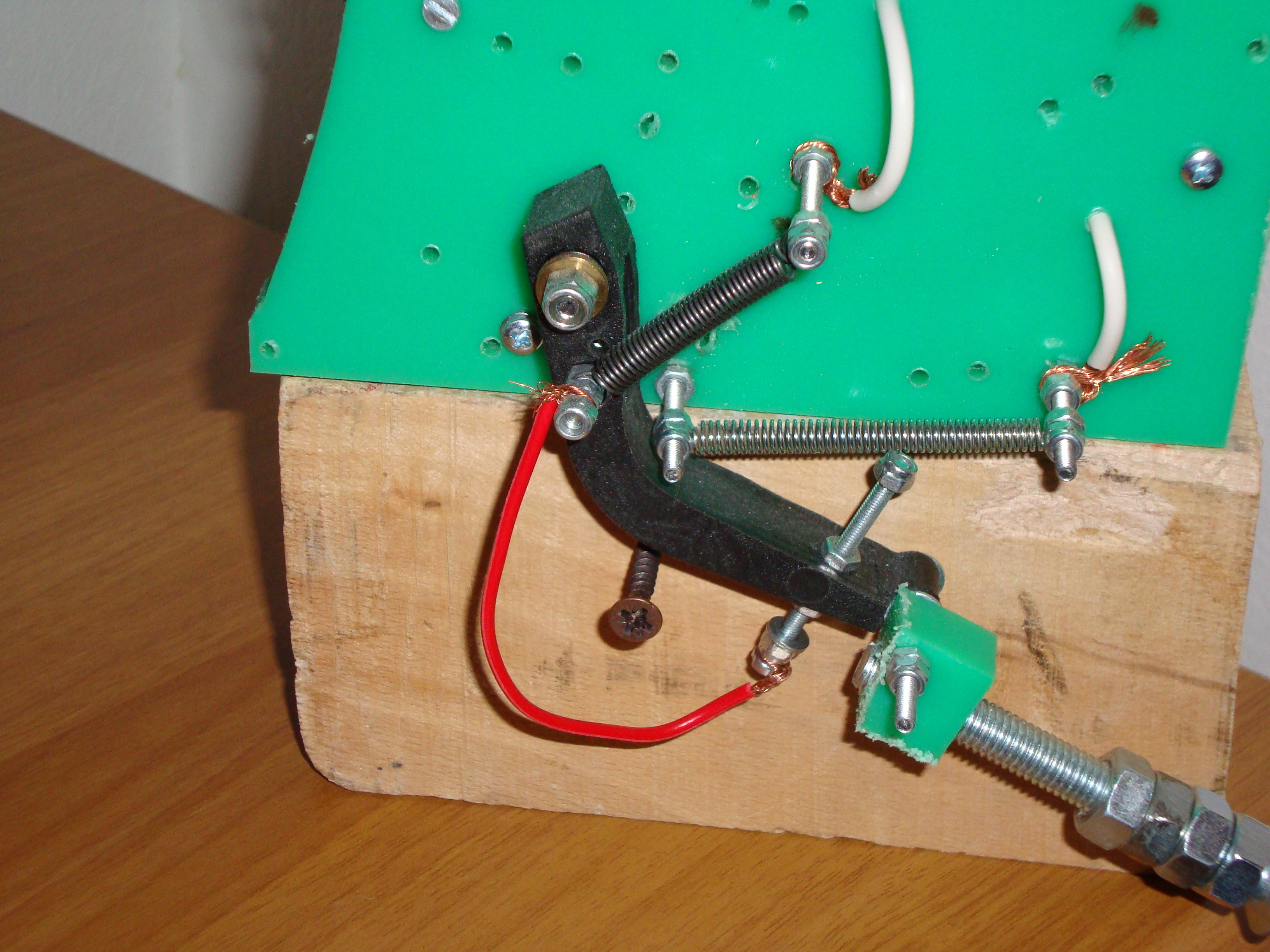Earthquake Detector Make Circuit Piezo Electric Buzzer Explained Homemade Projects