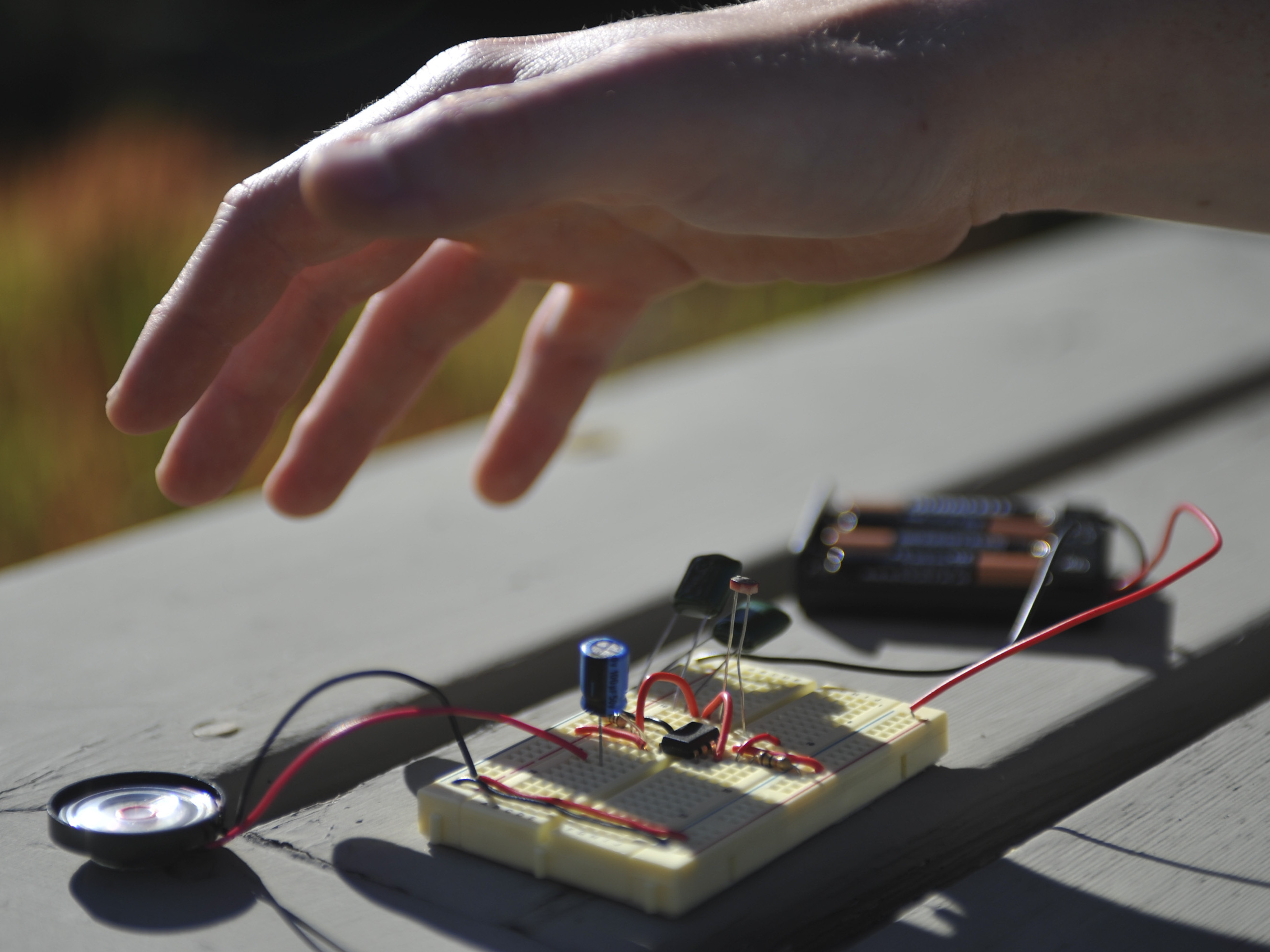 Light Theremin Make Electronics Engineering Mini Projects Final